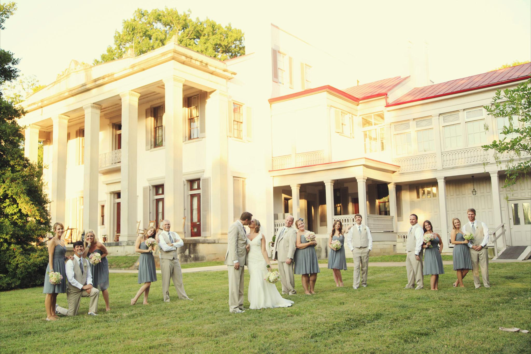 Southern Vintage Nashville Wedding