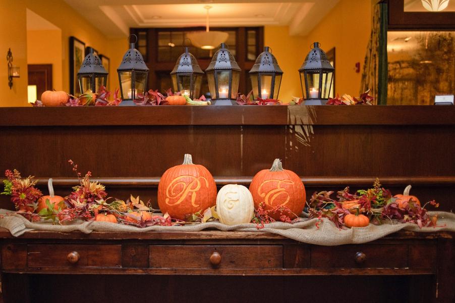 fall-pumpkin-wedding