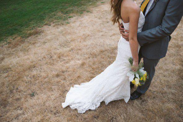 A yellow wedding theme at a rustic wedding