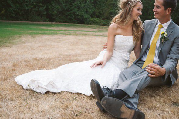 A country and rustic bride and groom