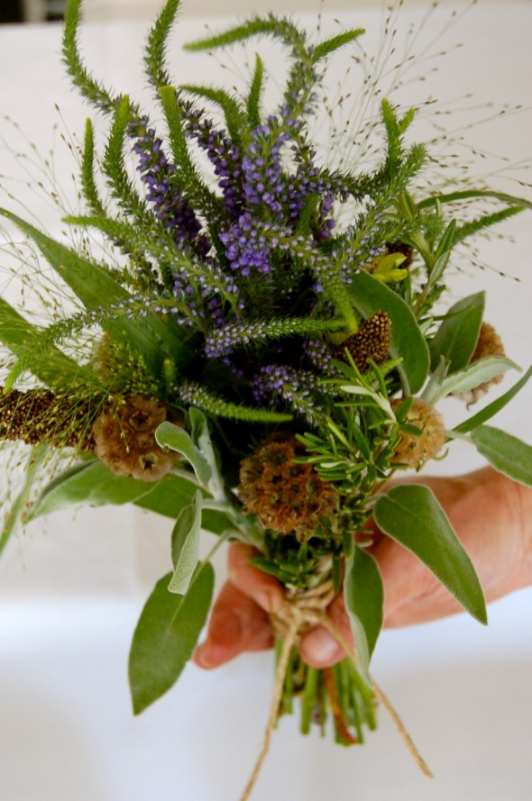 grass-wedding-bouquet
