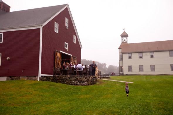 massachusetts-barn-wedding