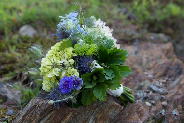green-blue-wedding-bouquet