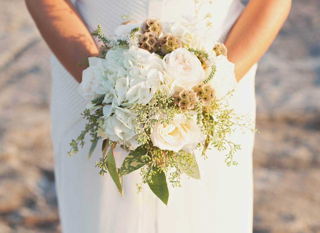 Bouquets for a rustic wedding rustic wedding chic white rustic wedding bouquet izmirmasajfo