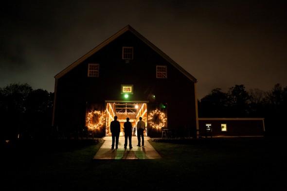 rustic-barn-wedding-massachusetts