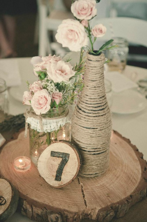 Vintage and burlap looking wedding centerpieces