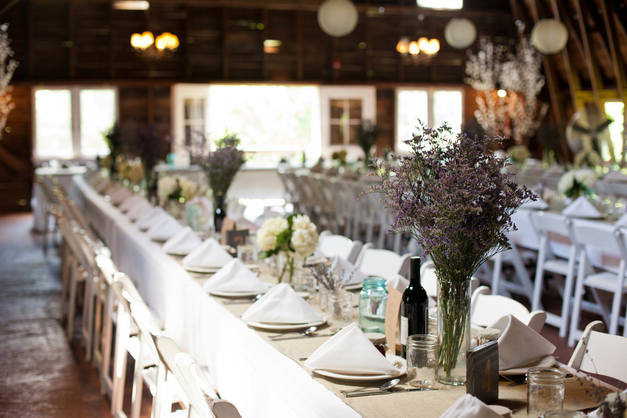 Michigan Wedding In A Barn At Blue Dress Barn Rustic