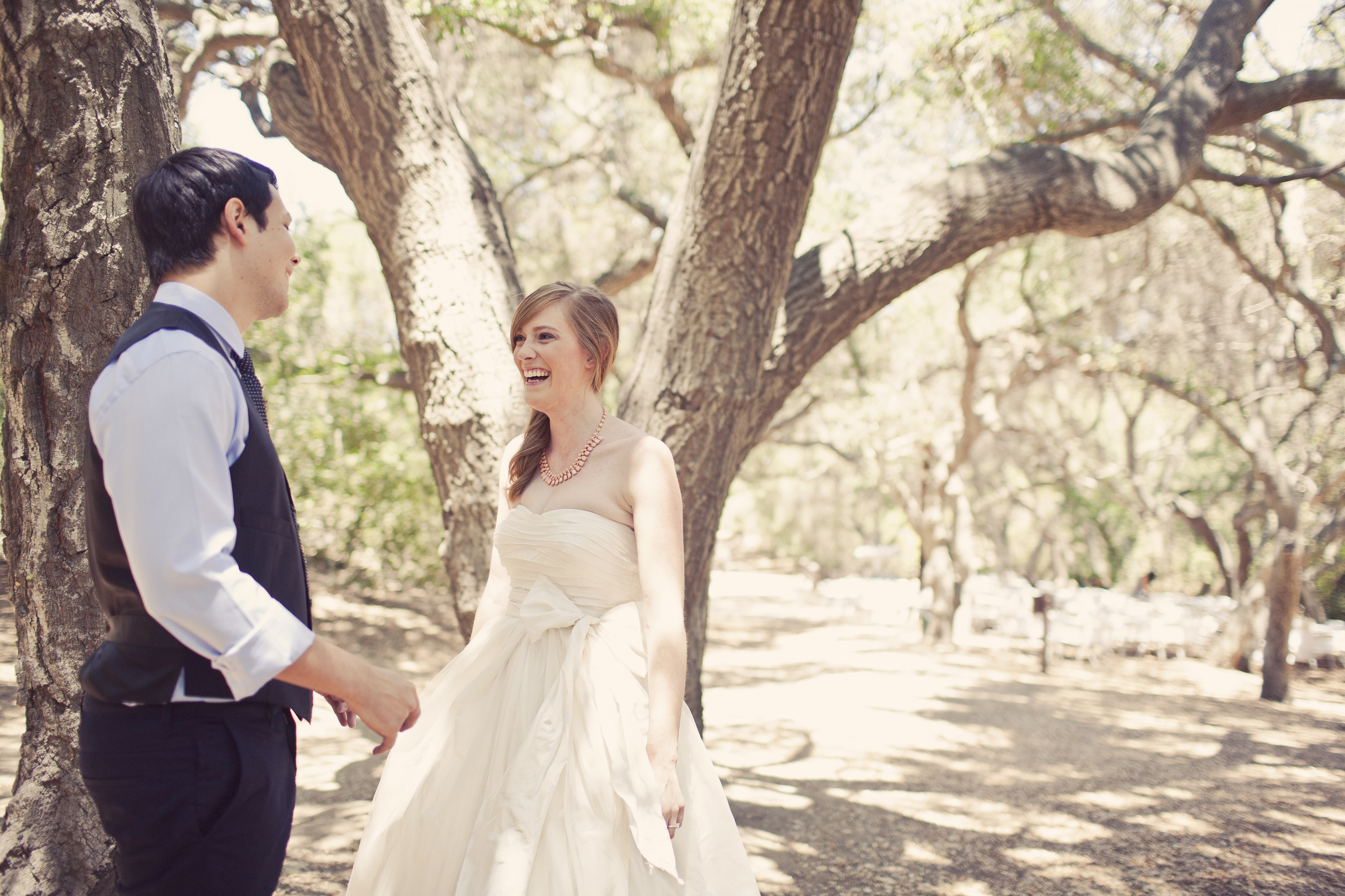 Chic Vintage Wedding Dresses : Vintage style wedding dress planning long hairstyles