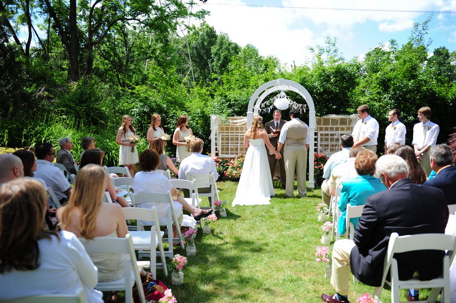 Home Backyard Wedding :  Backyard Weddings , Country Weddings , Real Rustic Country Weddings