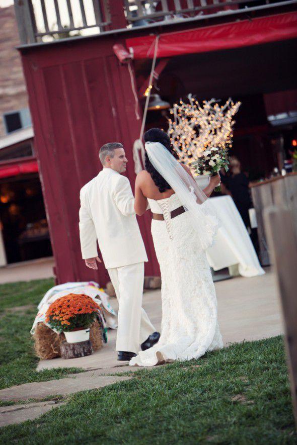 Missouri Barn Rustic Wedding