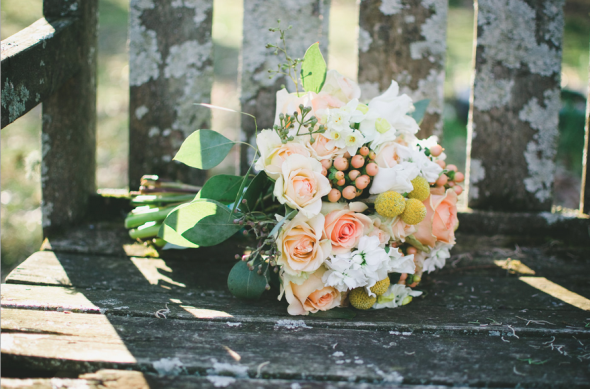 woodsy rustic wedding bouquet
