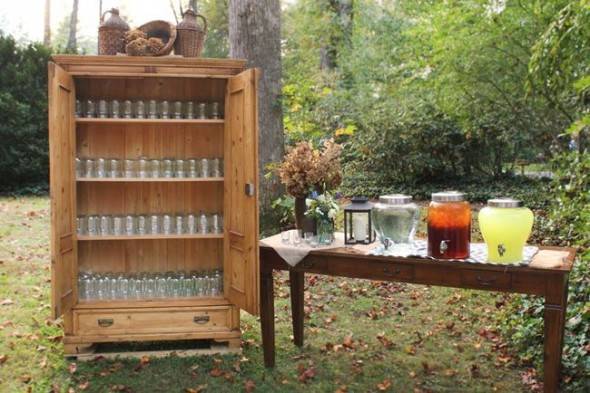 Mason Jar Drinking Station