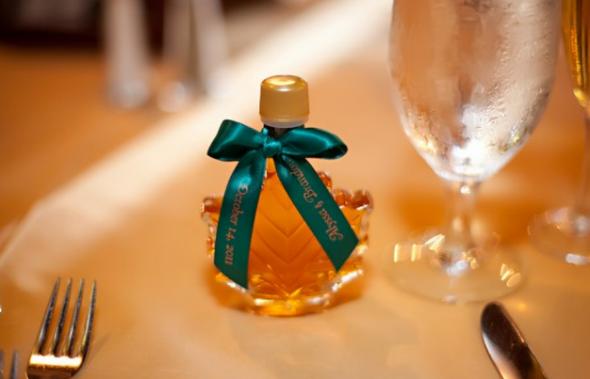 Maple Syrup Wedding Favor