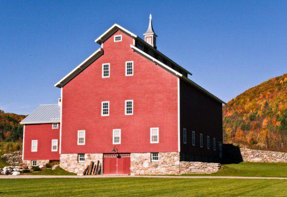 VT Barn Wedding Location