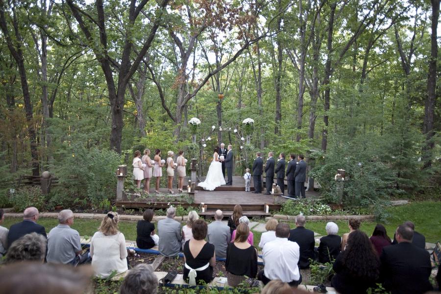 This is why we love outdoor rustic wedding ceremonies