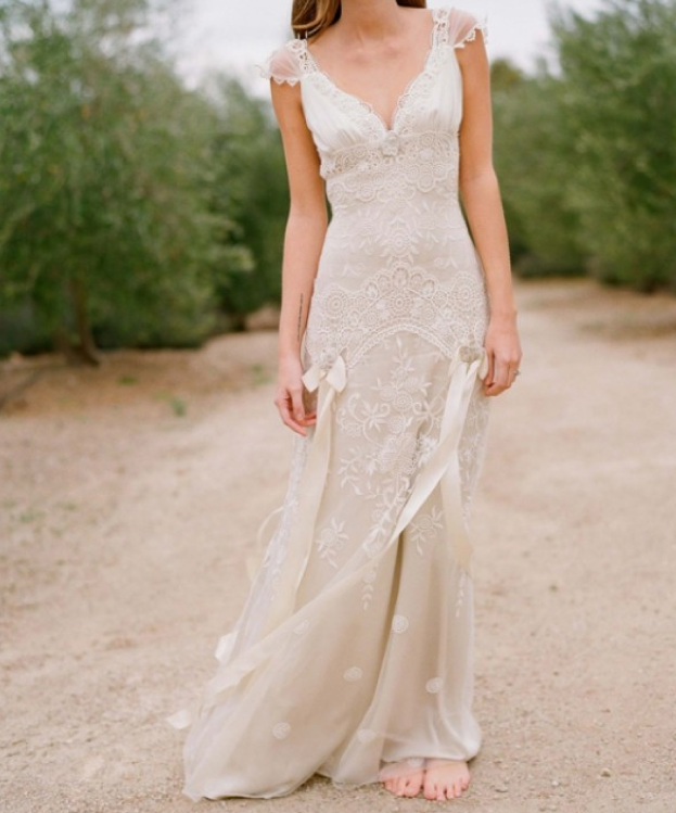 Top 10 lace wedding gowns rustic wedding chic for Lace rustic wedding dresses