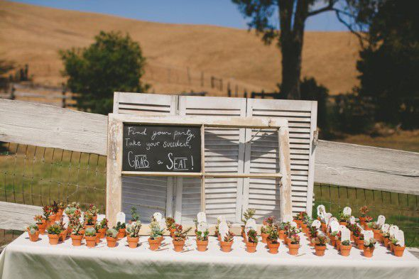 Rustic Wedding Seating Ideas