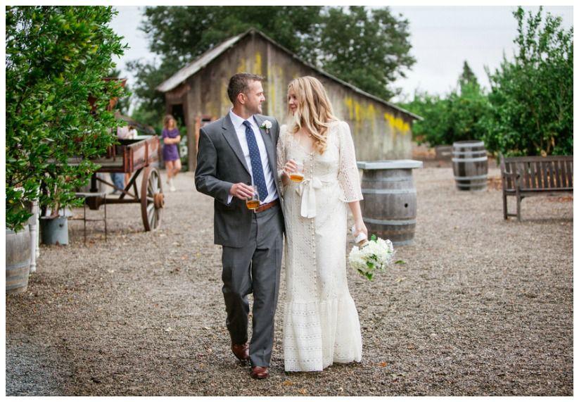 bride-groom-candid