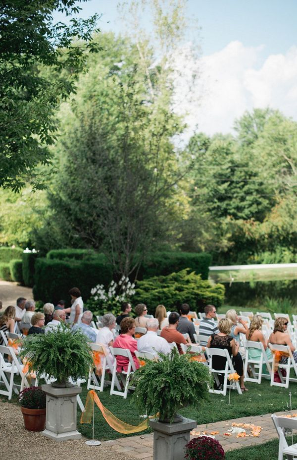 ... Outdoor Country Wedding Ceremony ...