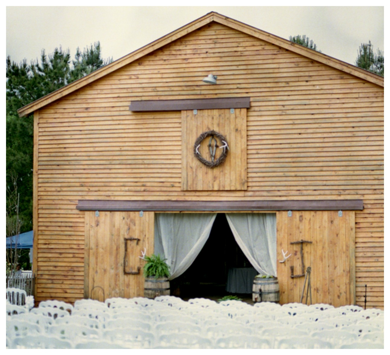 Barn Weddings: Clay Hill Garden Wedding