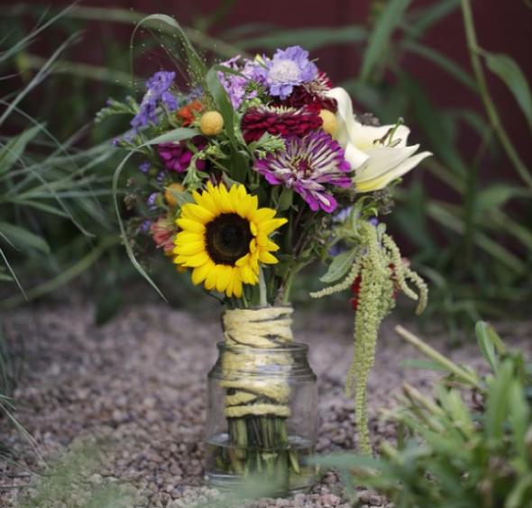Top 10 Wedding Flowers: Top Ten Wildflower Wedding Bouquets