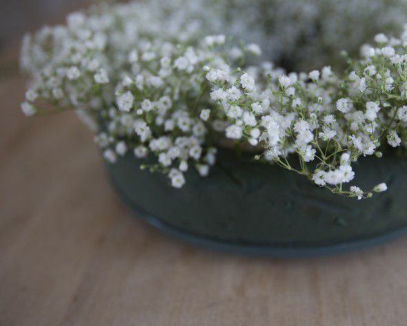 Step By Step : Baby's Breath Wreath