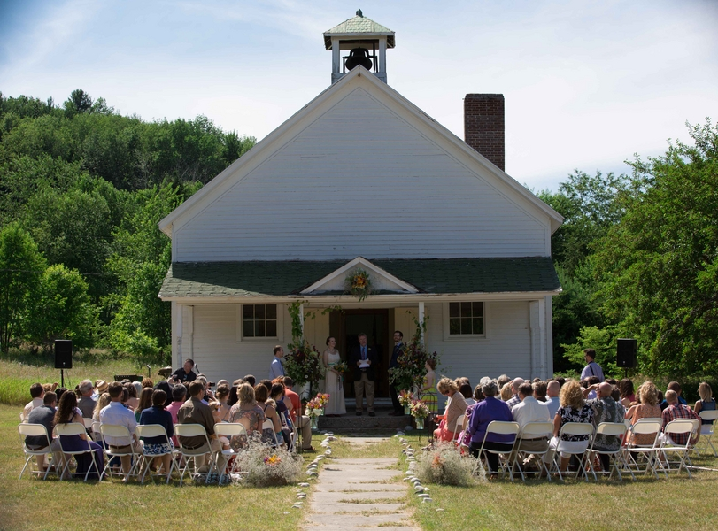 Michigan Schoolhouse Wedding