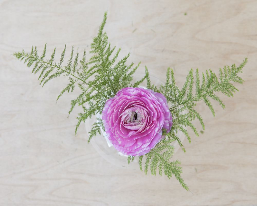 Floating Flower Centerpiece DIY