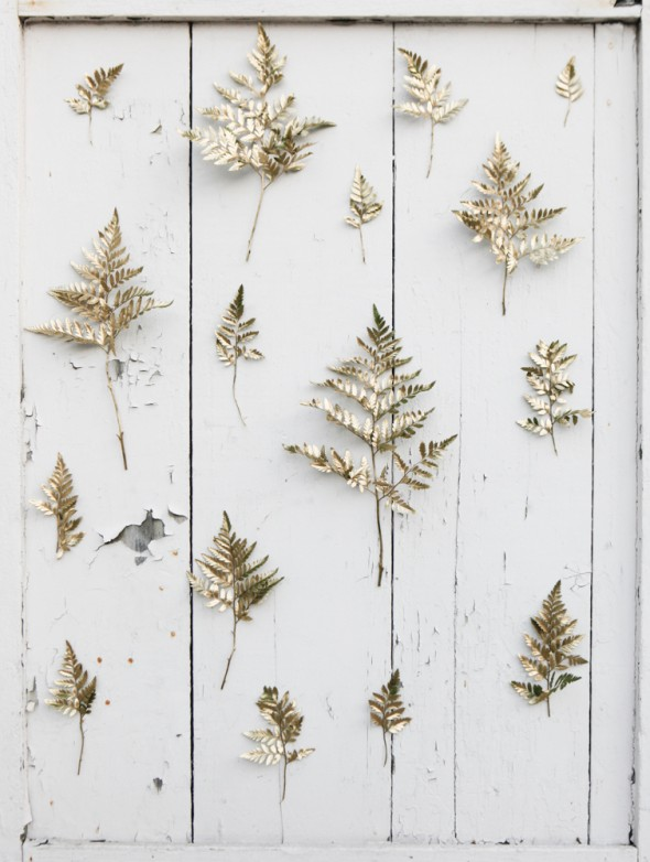 10 Unique Indoor Ceremony Backdrop Ideas - golden sprigs backdrop. For more ideas, visit Rebecca Chan Weddings and Events www.rebeccachan.ca