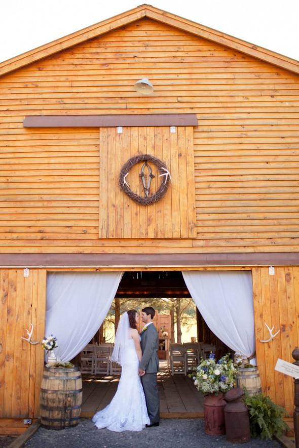 Country Elegant Barn Wedding Rustic Wedding Chic