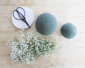 Step By Step : Baby's Breath Globe