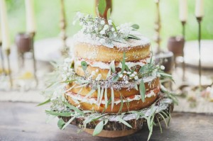 Our Favorite Floral Adorned Wedding Cakes