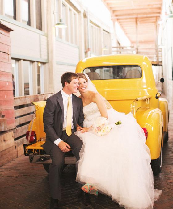 Wedding Photo Props Ideas: 10 Wedding Photo Prop Ideas