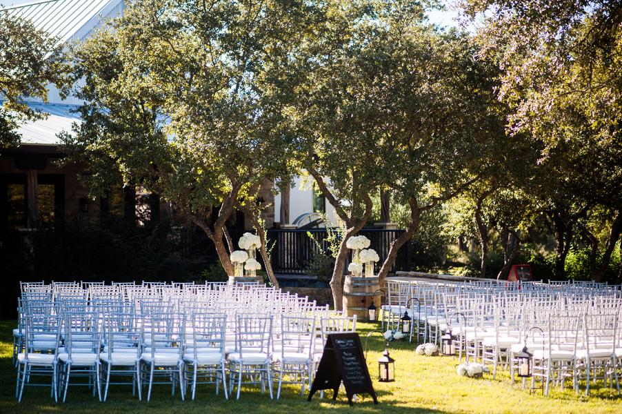 Texas Country Vineyard Wedding
