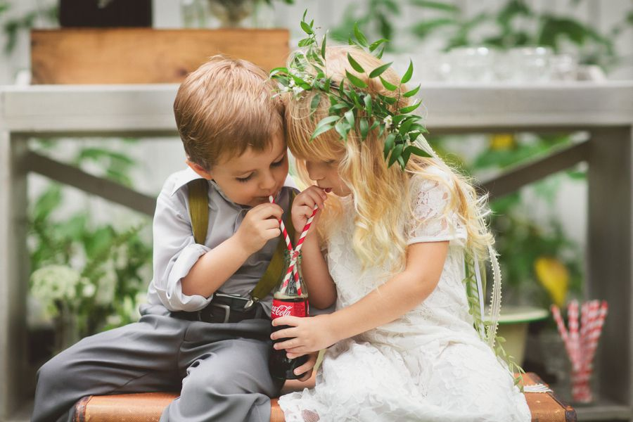 Rustic Ring Bear and Flower Girl