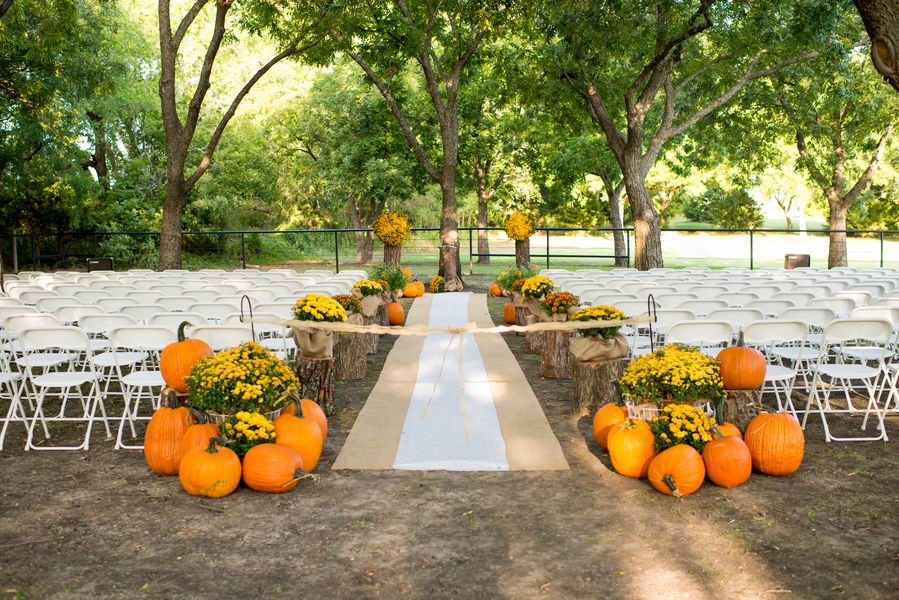 Fall Outdoor Wedding Cermony
