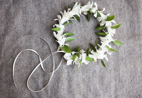 How to Make a Wedding Flower Crown
