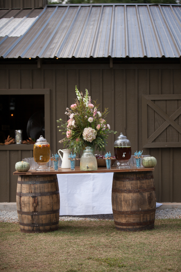 Fall Southern Country Wedding - Rustic Wedding Chic