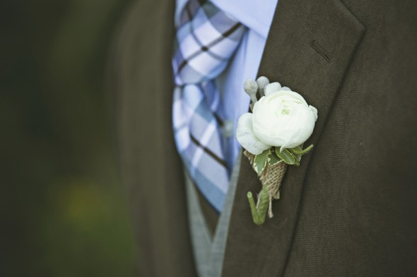 Country Wedding Boutonniere and Plaid Tie