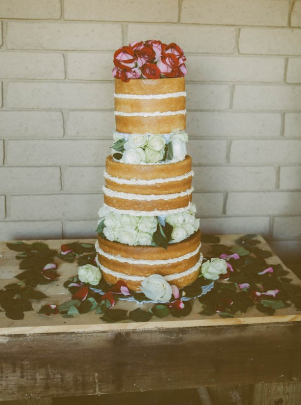 wedding trend alert naked wedding cakes rustic wedding chic. Black Bedroom Furniture Sets. Home Design Ideas