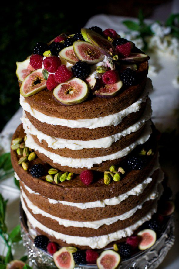 rustic wedding cake no frosting wedding trend alert wedding cakes rustic wedding chic 19545