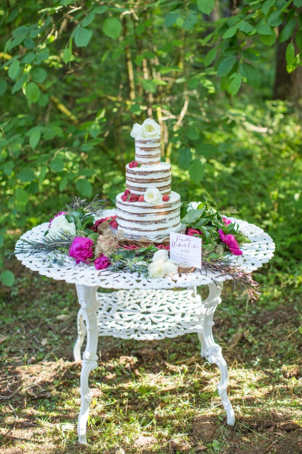 Woodsy Hunger Games Wedding Inspiration