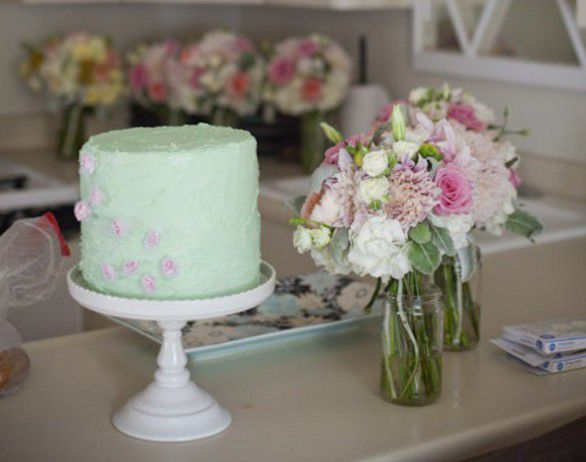 mint-green-wedding-cake-590x885