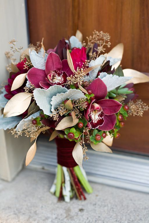 20 Winter Wedding Bouquets - Rustic Wedding Chic