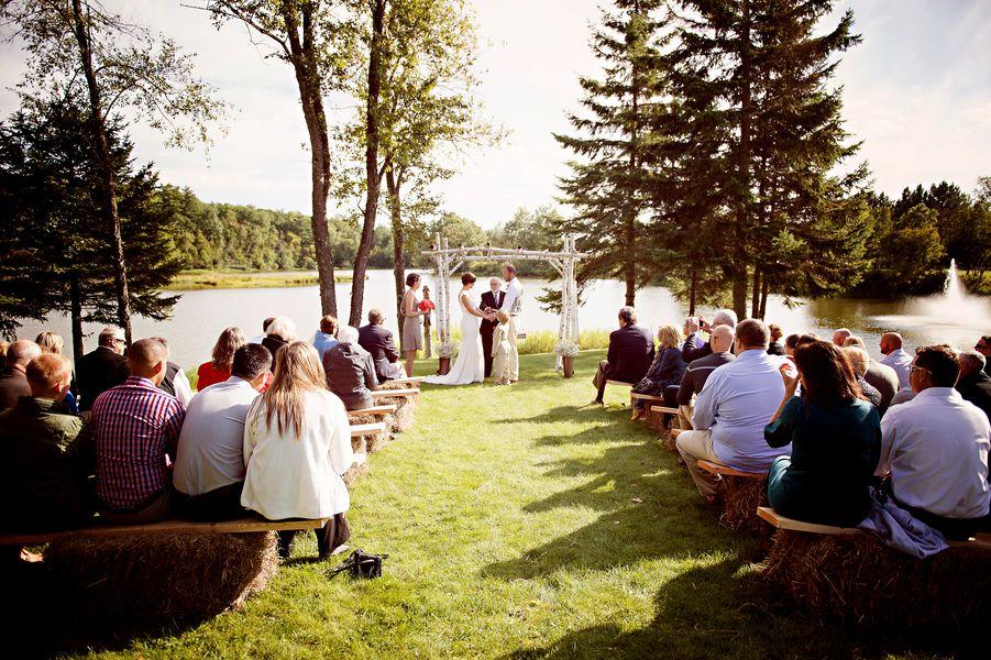 Outdoor Woods Wedding Ceremony: Rustic Wedding Chic