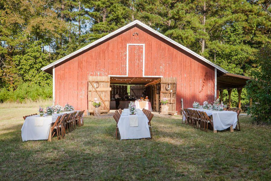 Outdoor Barn Wedding