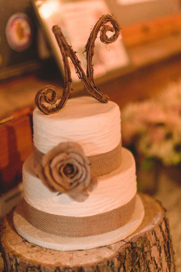 rustic burlap wedding cakes country wedding cake ideas rustic wedding chic 19489