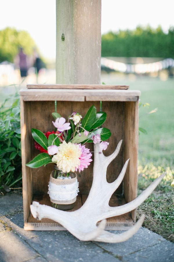 Backyard Wedding With Do It Yourself Decorations Rustic