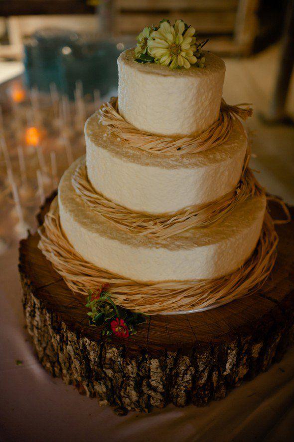 Country Style Wedding Cake