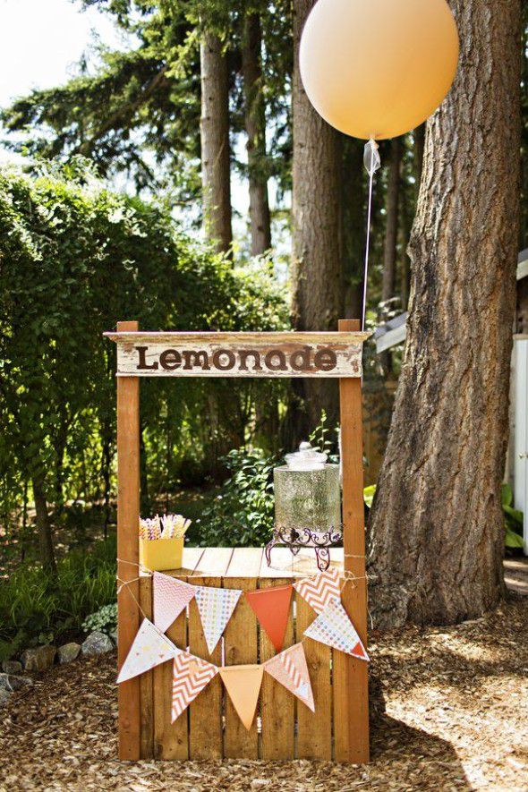25 ideas for an outdoor wedding rustic wedding chic for Rustic lemonade stand